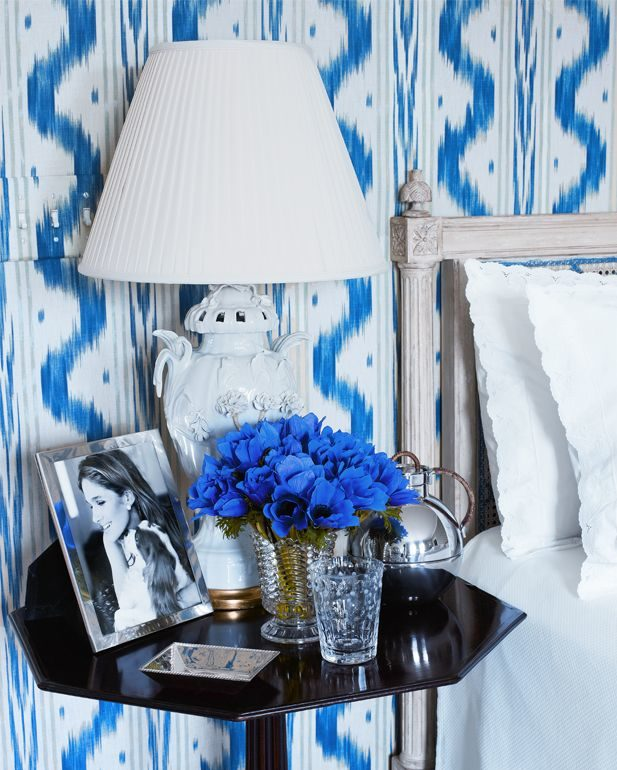 Aerin Lauder's Blue and White Bedroom in her Hamptons House | Rhyme & Reason
