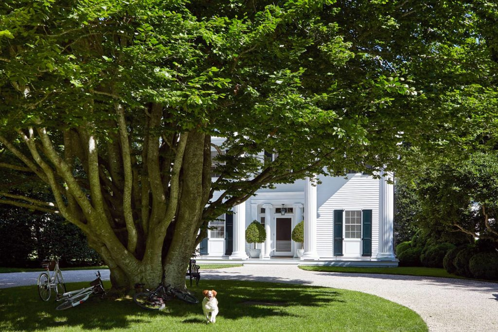 Aerin Lauren's Greek Revival Hamptons House | Rhyme & Reason