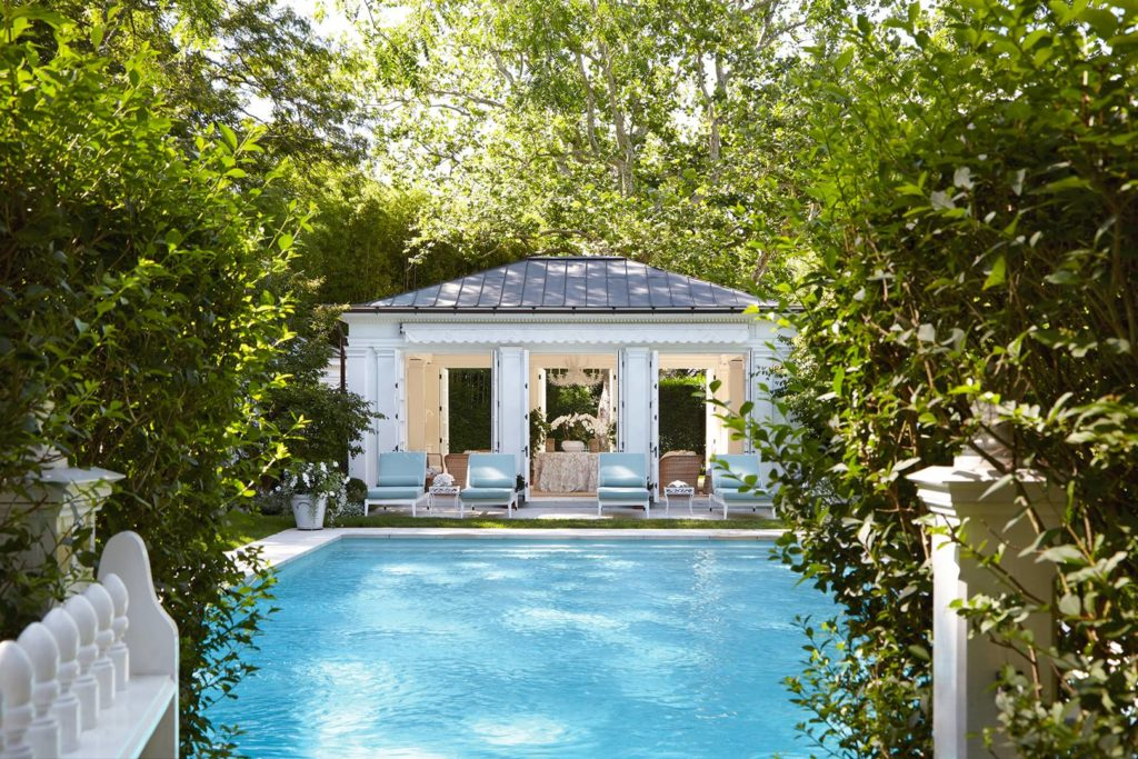 Aerin Lauren's Hamptons House Pool House | Rhyme & Reason