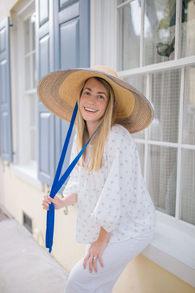Blue and White Summer Outfit Ideas for Summer 2020 | Rhyme & Reason