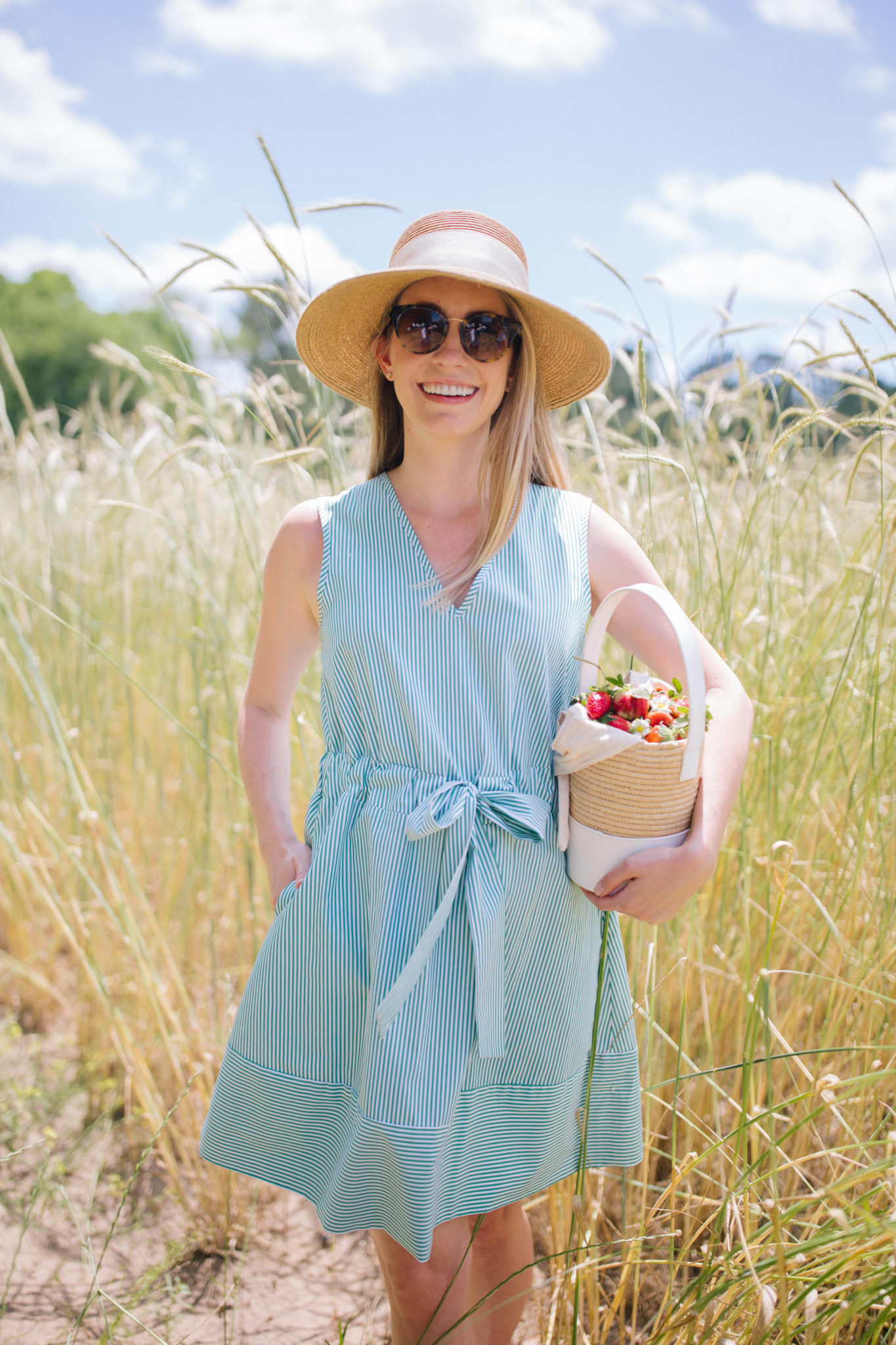 The best social distancing outdoor activies to do in the spring | Rhyme & Reason