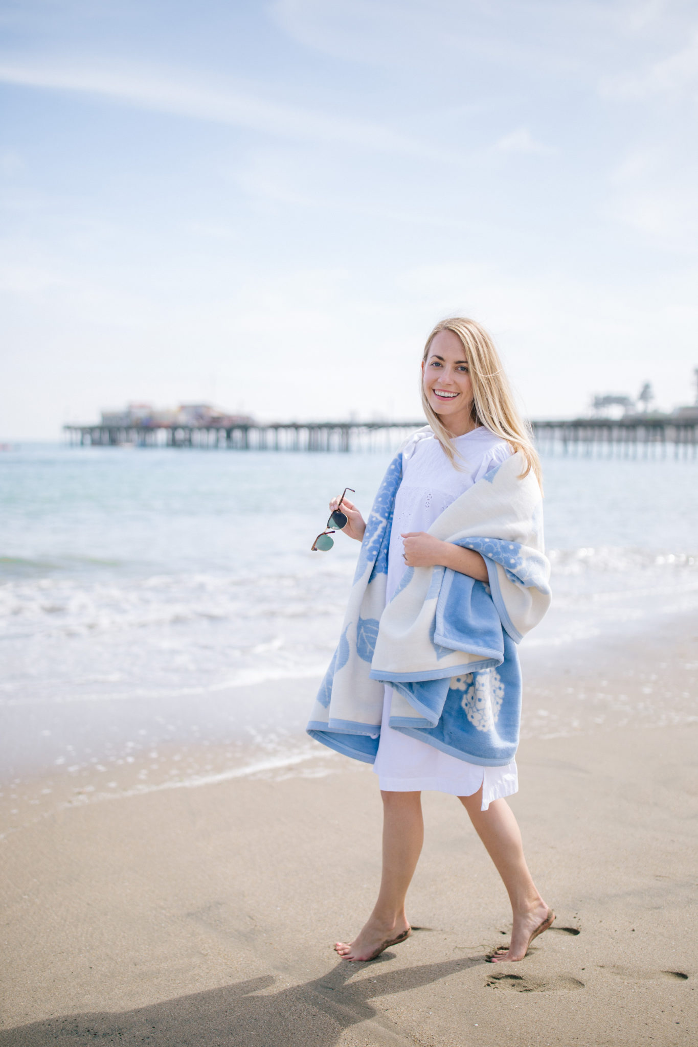 Weekend Reads, No. 131 + a Chappy Wrap Beach day in California | Rhyme & Reason