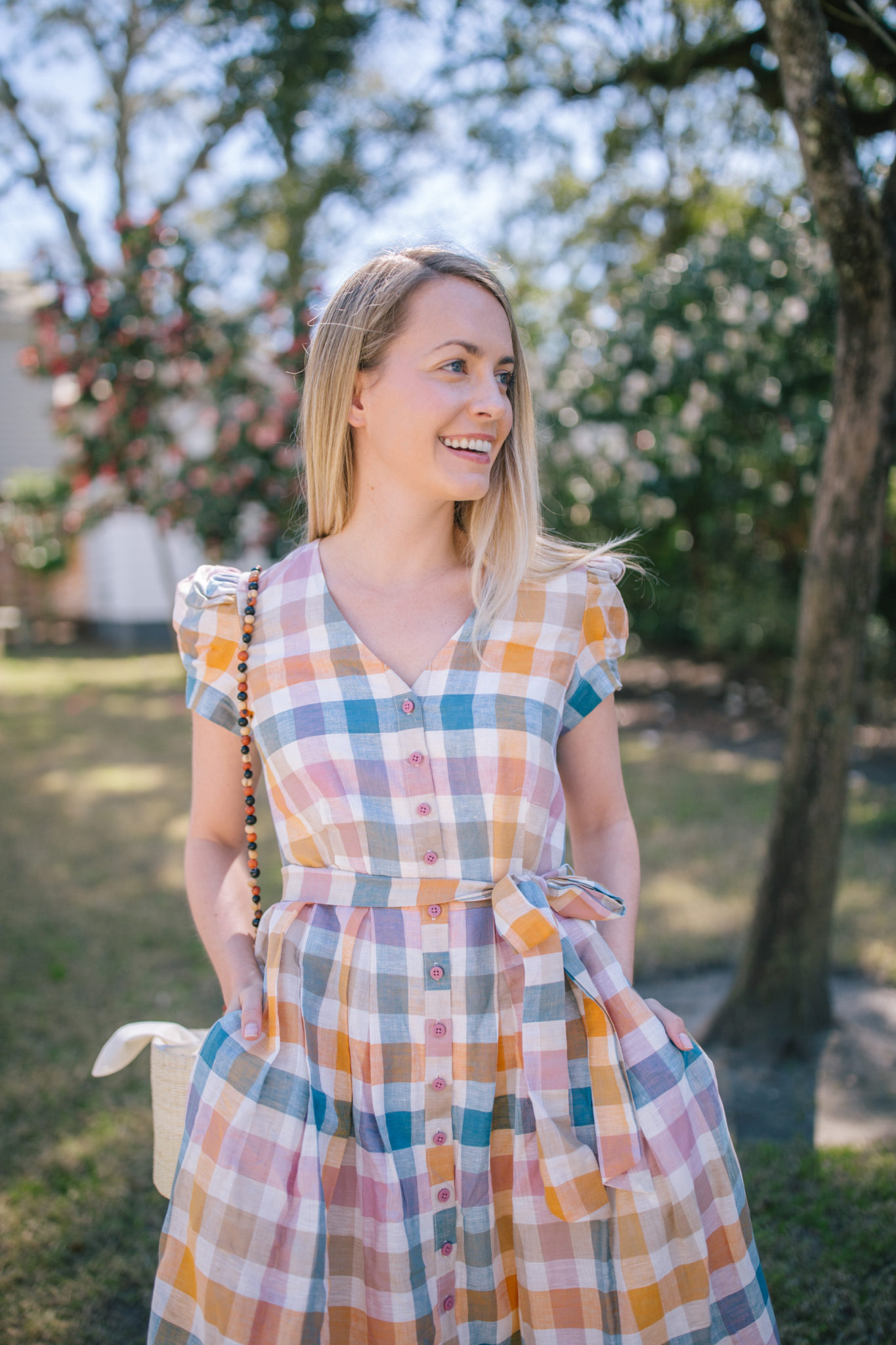 How To Wear A Gingham Dress- Gingham Puff Sleve Dresses | Rhyme & Reason