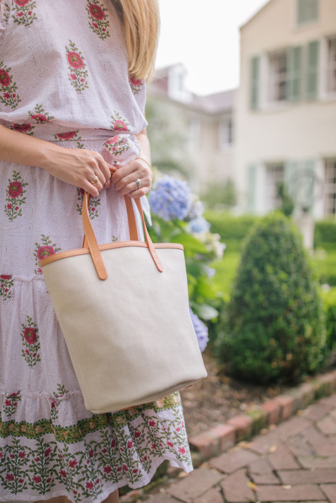 Gorgeous tan purses for summer to scoop up right now | Rhyme & Reason
