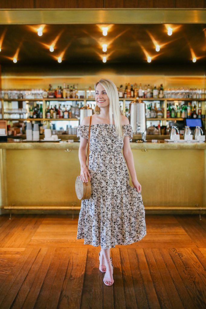 The best bars in Charleston from wine bars to live music bars to rooftop bars | Rhyme & Reason