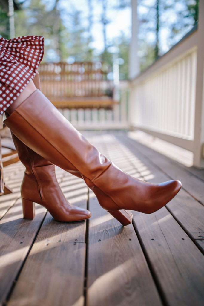 These brown leather boots will become your favorite boots in your closet | Rhyme & Reason