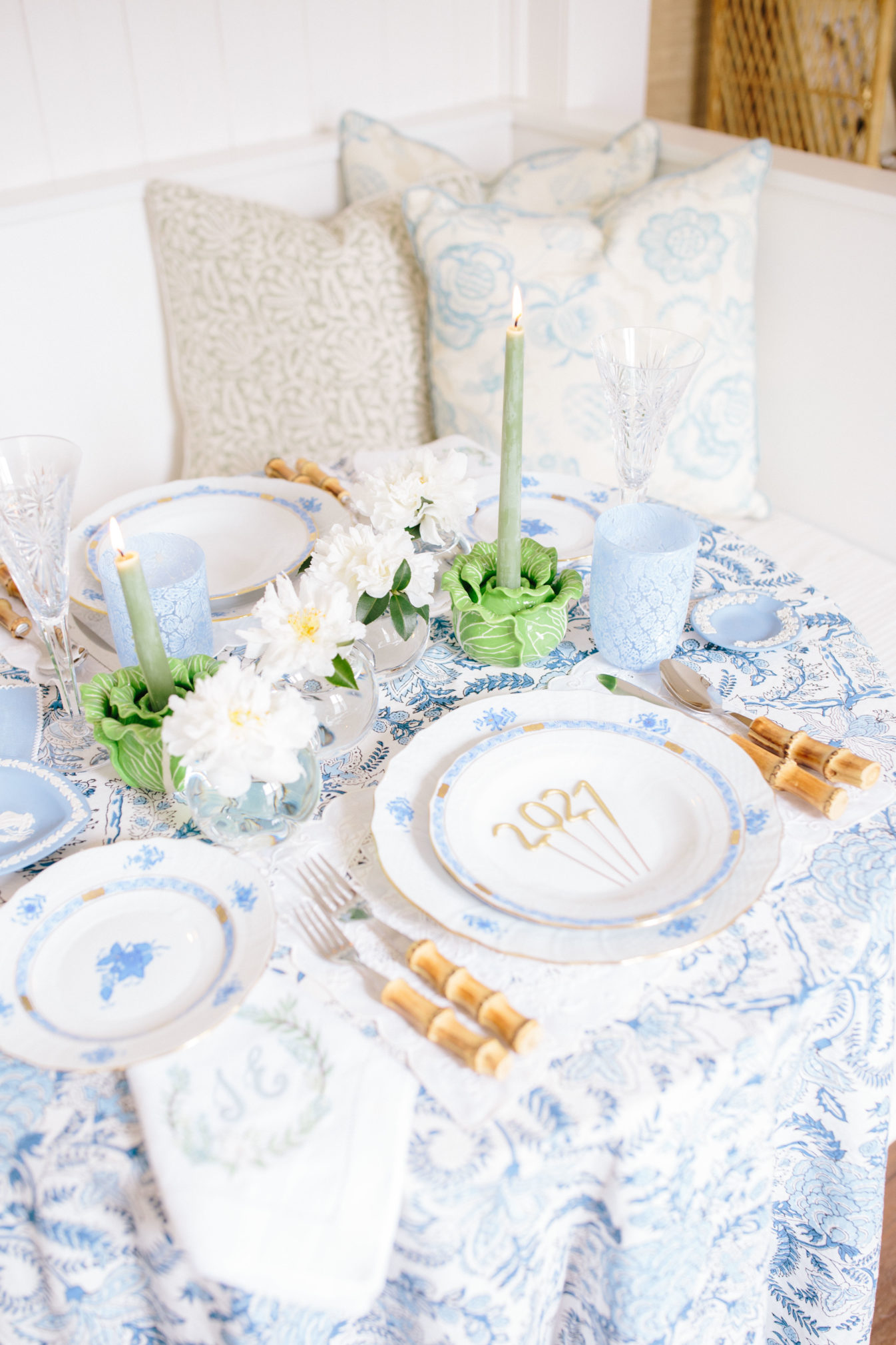 Setting a Fresh Table for the New Year | Rhyme & Reason