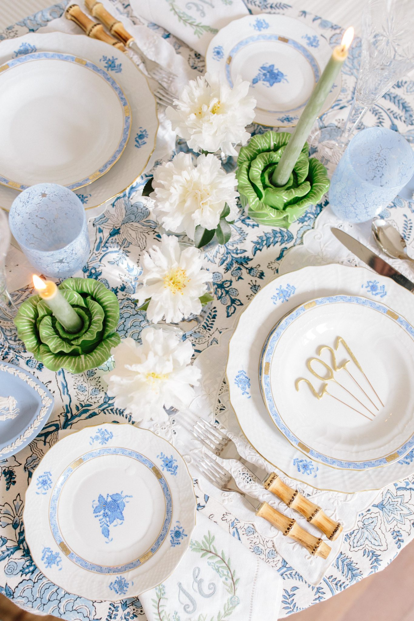 A springy tablescape to bring to your home in 2021 | Rhyme & Reason