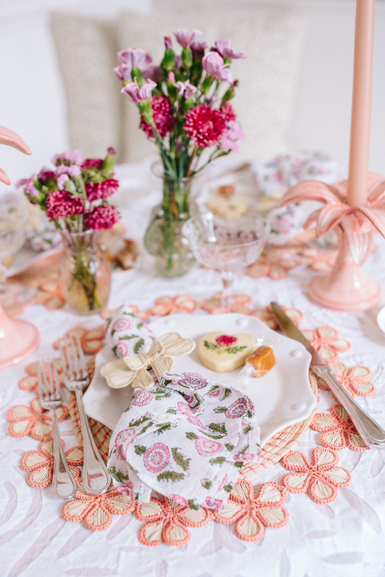 How to set a beautiful spring table | Rhyme & Reason