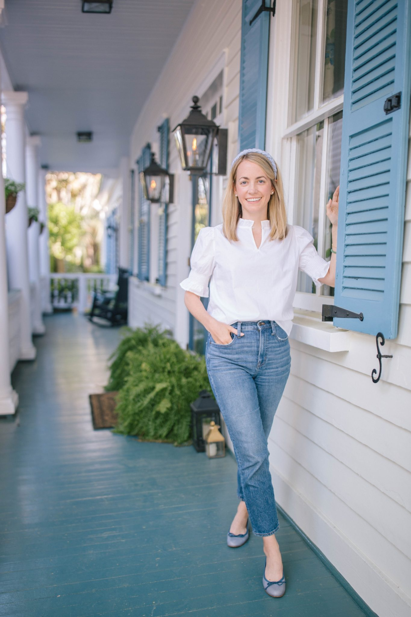Fresh white tops and blouses for spring | Rhyme & Reason