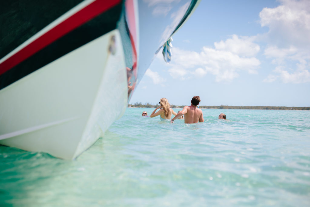 The best boat guides and boat charters on Harbour Island | Rhyme & Reason