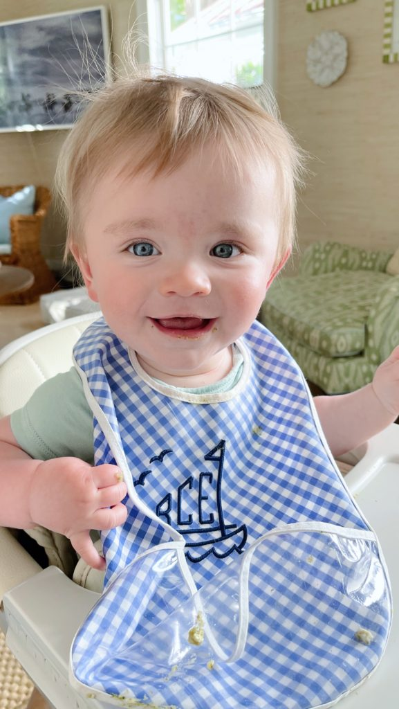 Baby led weaning versus spoon feeding your baby | Rhyme & Reason