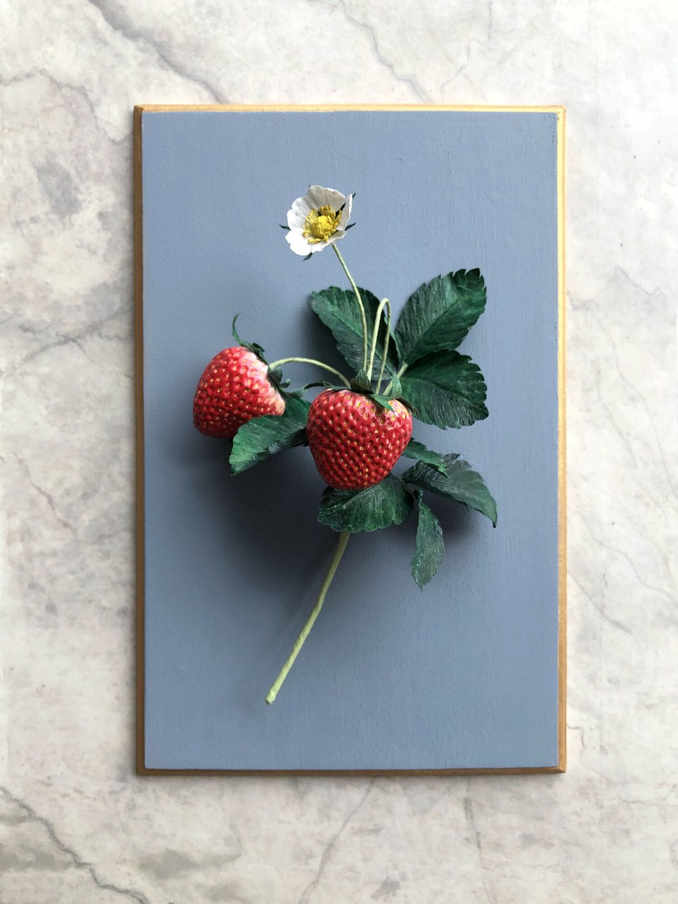 GOLDEN AGE BOTANICALS Strawberry with Blossom   Caught My Eye No.3